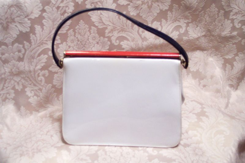 3aac298b3d3 Vintage Mar Shel red white & blue patent leather purse (4)