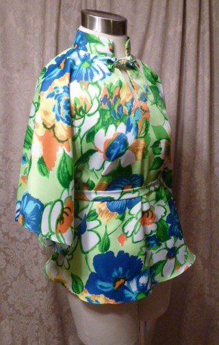 Vintage Pomare Hawaii Kimono Style Batwing Sleeve Blouse  (7)