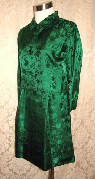 Vintage 1960s emerald green silk brocade two piece cocktail dress suit bolero jacket cut out back & bows (20)