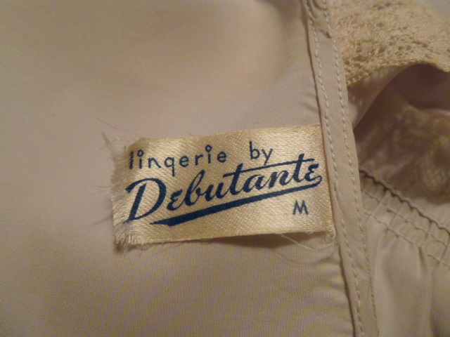 1940s Lingerie by Debutante lavender blue  silk & lace boudoir bed jacket (10)