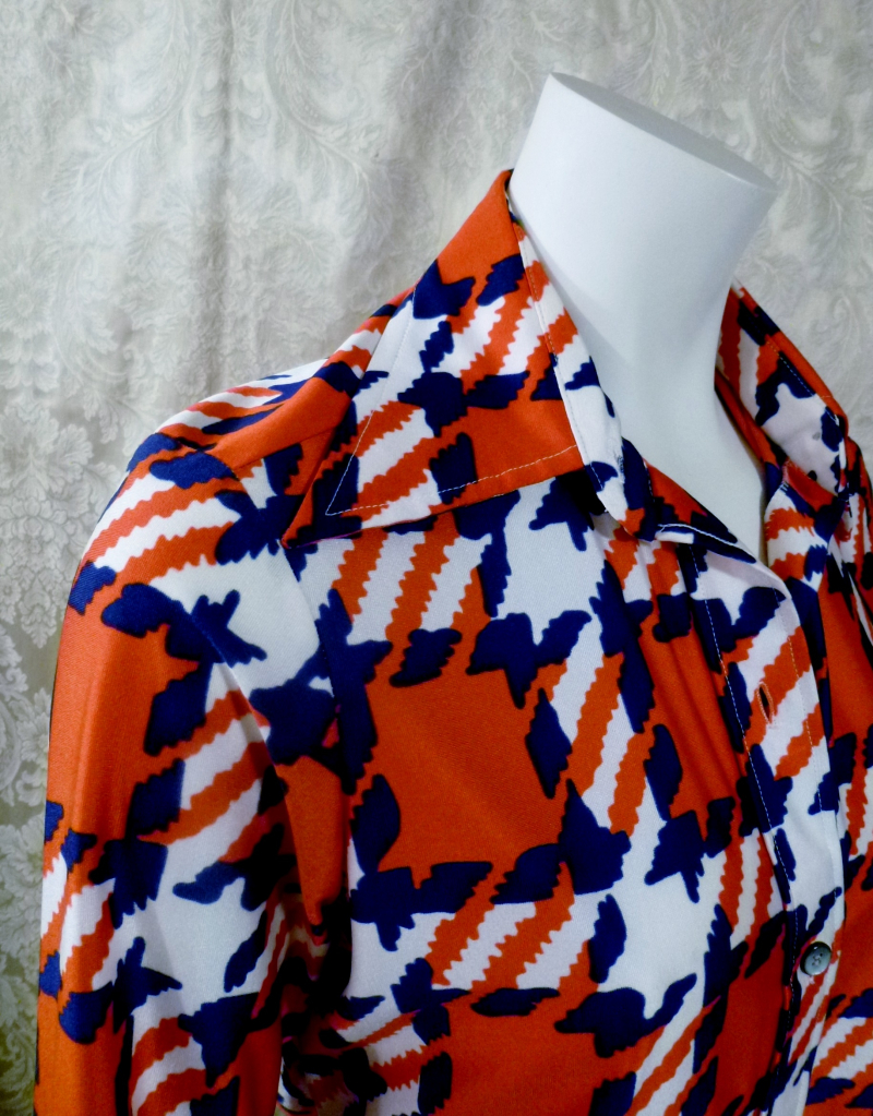 1970s vintage Kenneth Jay Lane Bonwit Teller geometric checkerboard red white blue poly blouse  (3)