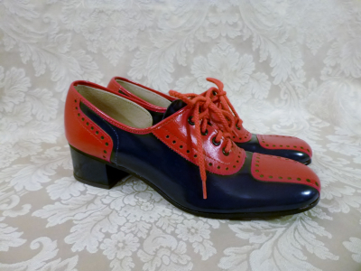 Vintage 1960s Hi Brows navy blue red patent leather oxford spectator shoes  (1)
