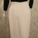 Vintage 1980s Carolyne Roehm ivory white crepe wool pencil skirt. (4)
